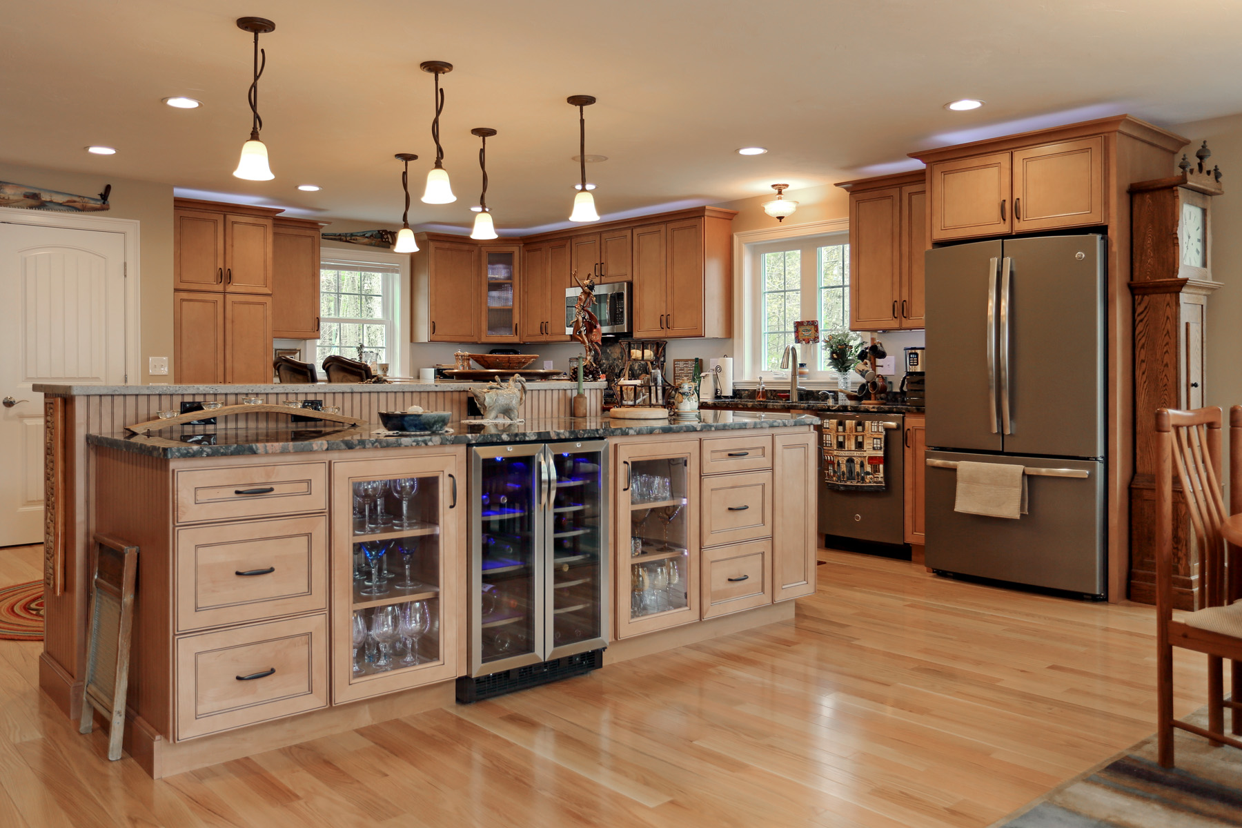 Kitchen cabinet refacing for Kitchen cabinets jobs